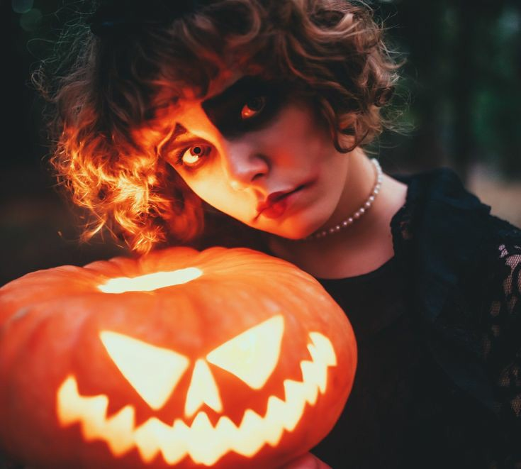 Cute Halloween quotes for Instagram by ladykiatown